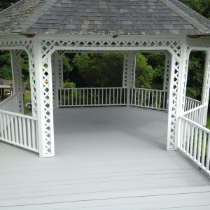 bradsell contracting gazebo painting